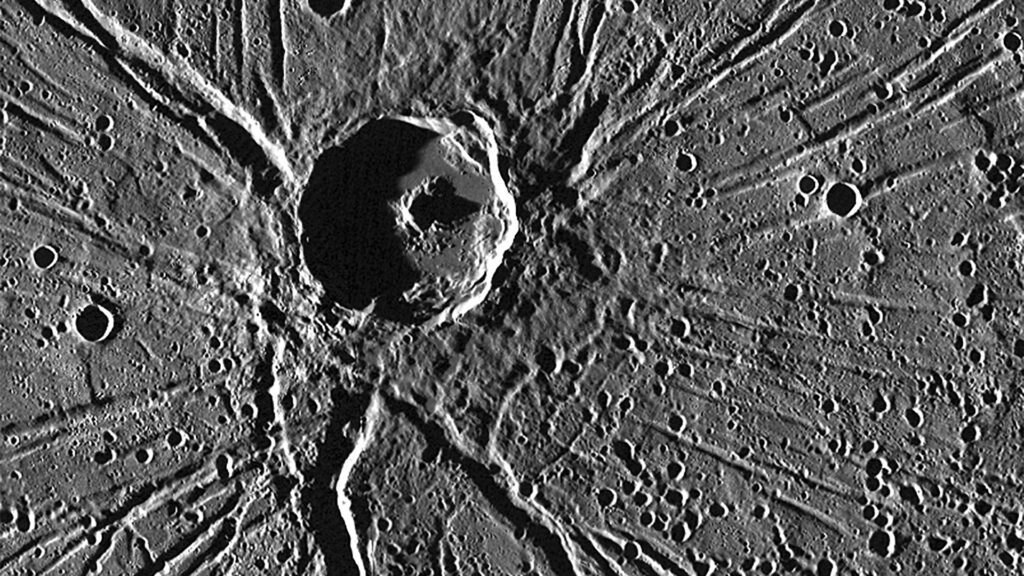 Mercury's Apollodorus crater